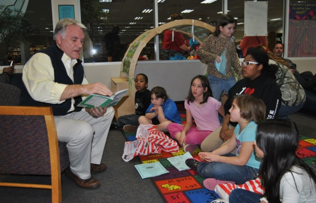 Pinellas Park library encourages reading with summer program
