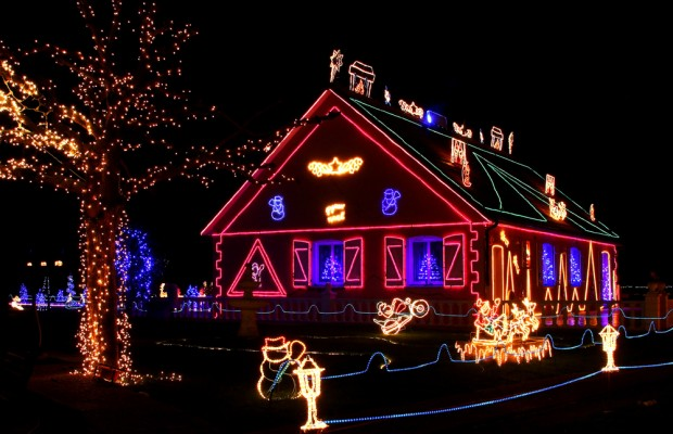 new website provides interactive map of christmas lights - Newest Christmas Lights