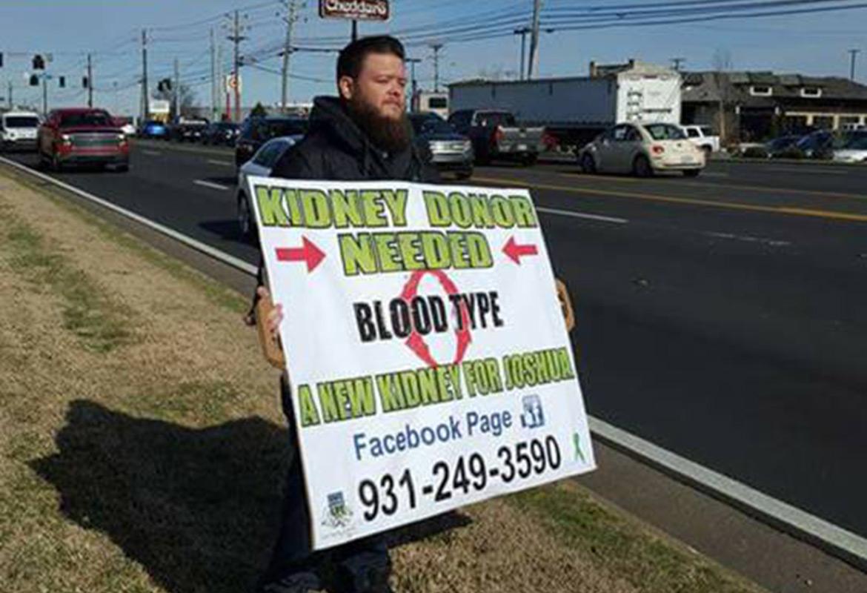 Clarksville man seeks kidney donor through billboard, street