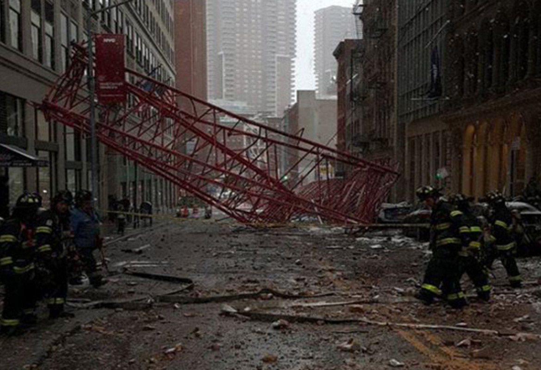 crane-collapseWKRN