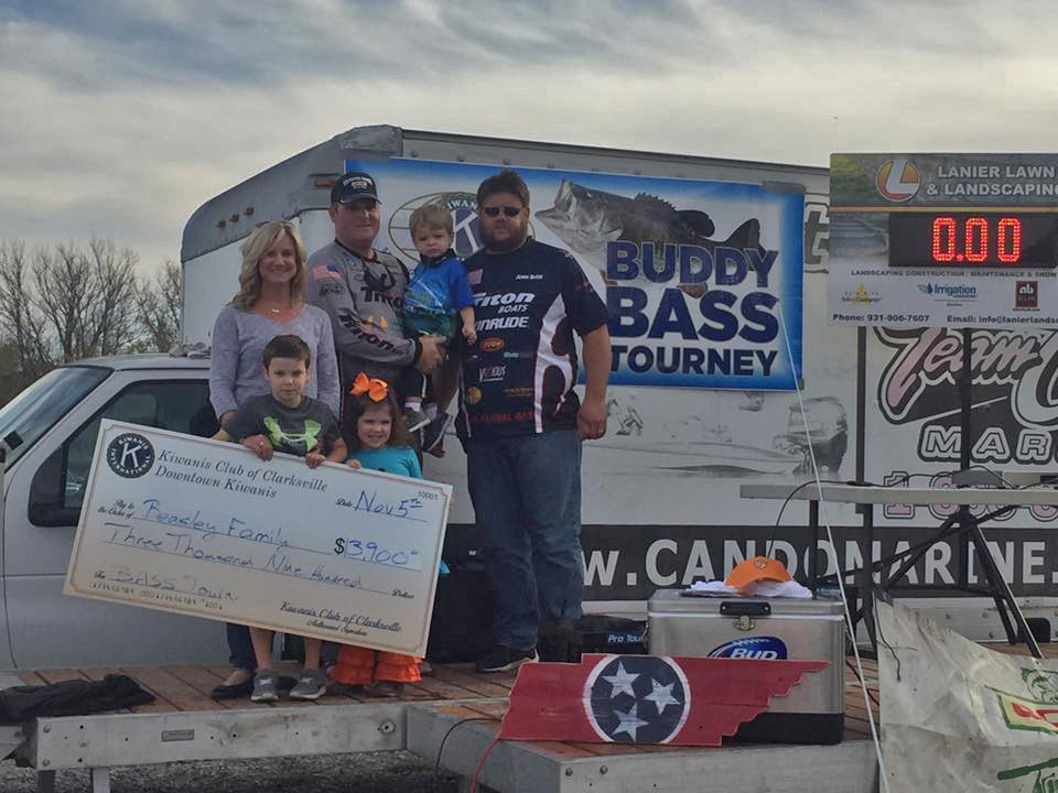 Kiwanis club of clarksville holds fundraising bass for Local bass fishing clubs