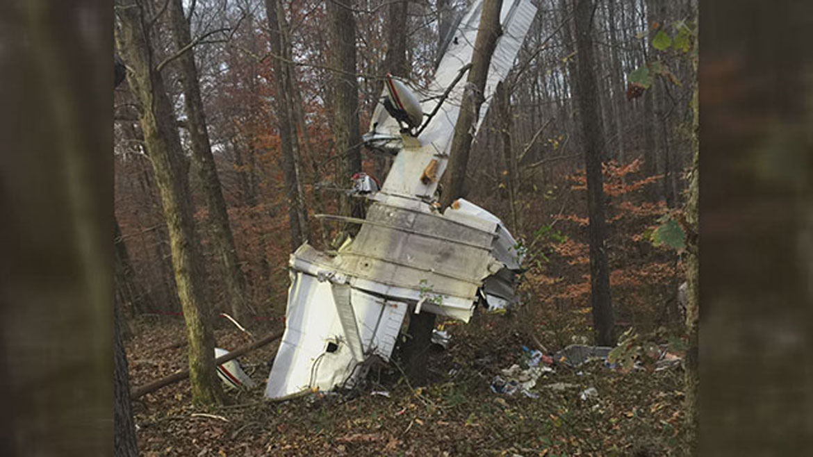 Four dead after small plane crashes in Kentucky