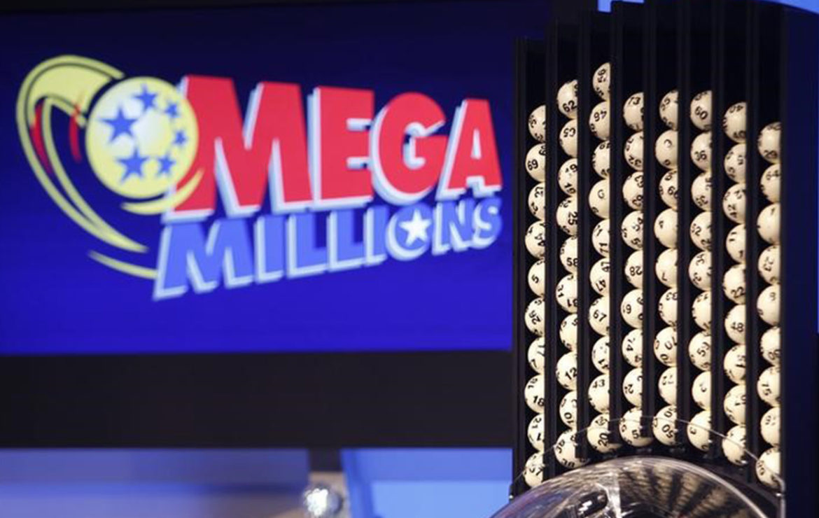 Powerball jackpot jumps to $550M, Mega Millions to $445M